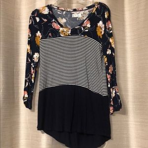 Floral and striped quarter sleeve top